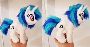 Dj pony / Vinyl scratch mini beanie size plushie