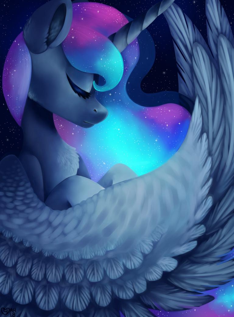 Luna by SpindleSpice