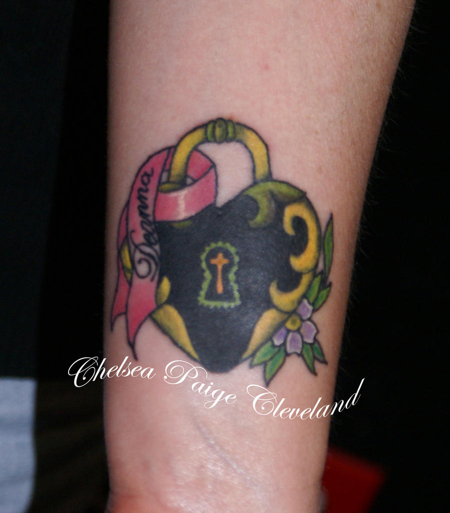Heart shaped lock and breast cancer ribbon by chelsea c on for Heart ribbon tattoo