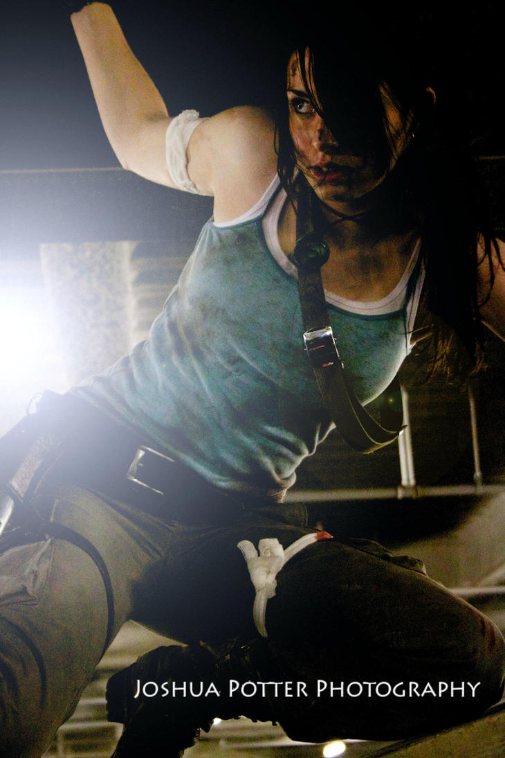 Lara Croft - Trapped by Athora-x