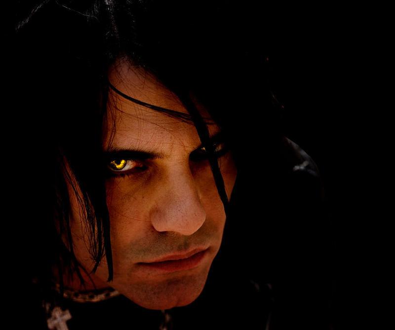 Yellow Eyes By Killerlepord On Deviantart