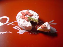 Strawberry Sponge Cake by kuroso