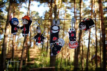 Akatsuki hanging paperchilds by Fukari