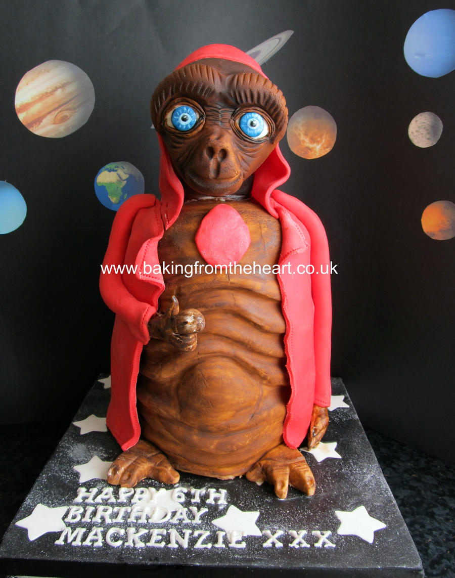 E.T cake by 0970jackie