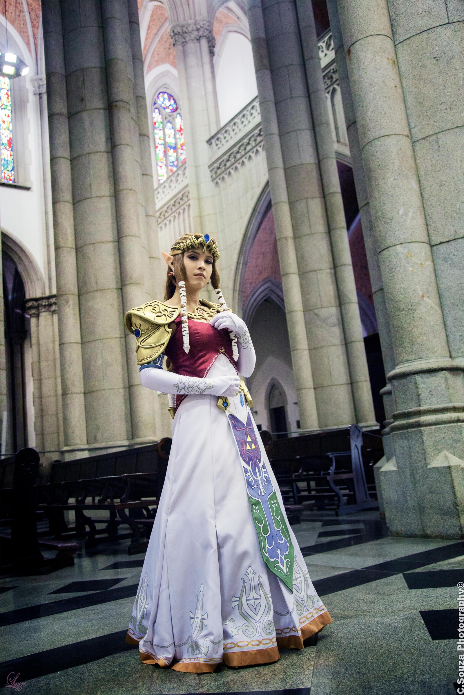 Princess Zelda (TP) - Cosplay.com