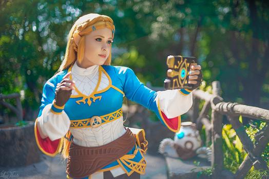 Princess Zelda Cosplay | Breath of the Wild