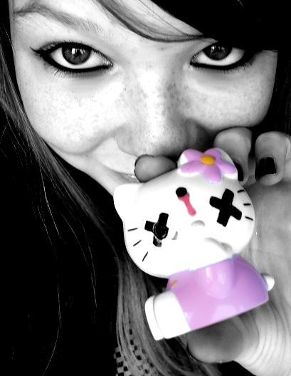 http://fc04.deviantart.com/fs17/f/2007/191/c/1/Goodbye_Kitty_5_by_nightmare_anny.jpg