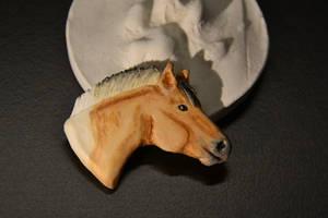 Custom horse charm/lecklace.