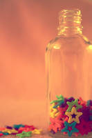 Colorful stars in a bottle by eline-w
