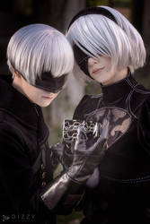 Nier: Automata - 2B and 9S