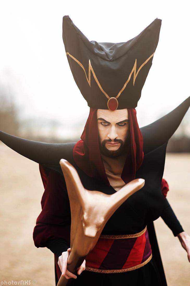 Resultado de imagen para disney jafar cosplay