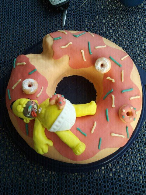 Homer Simpson Pie by Silk86