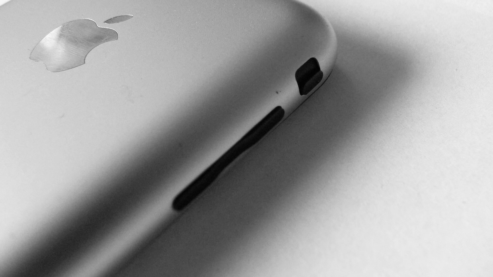 iPhone 1st GEN '8'