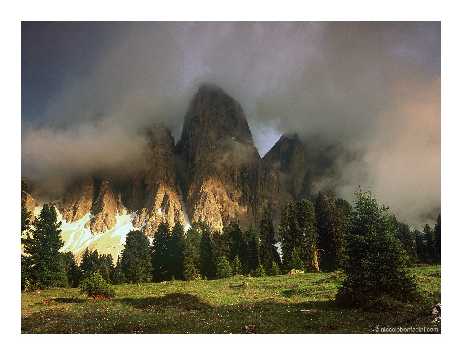 Through the Clouds by niccolobonfadini