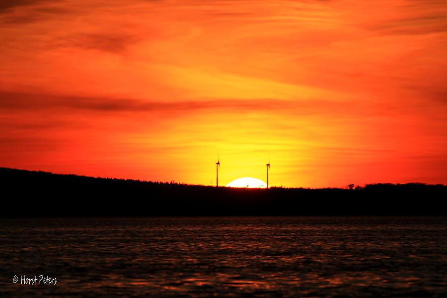 Sonnenunter am Steinhuder Meer by bluesgrass