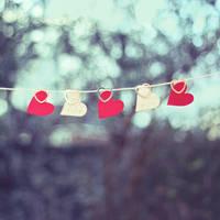 little love hearts by chpsauce