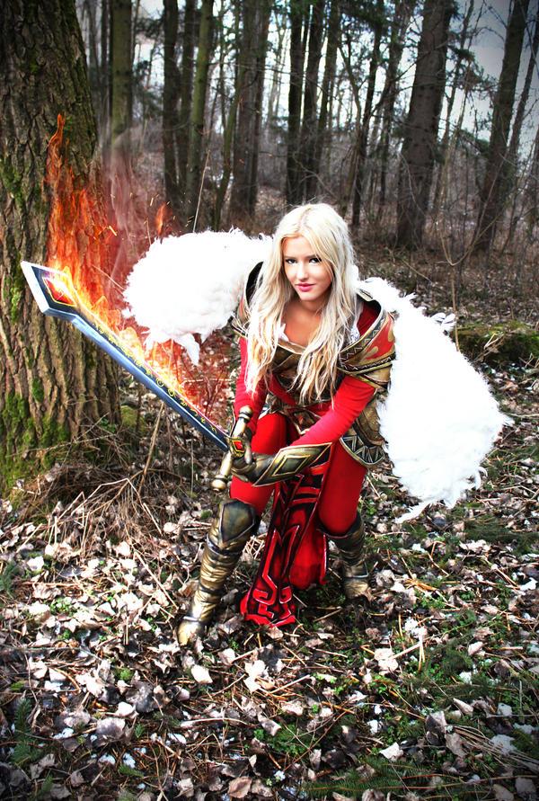 Unmasked Kayle Unmasked kayle cosplay by
