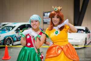 Daisy Cosplay - Princess + Plant!