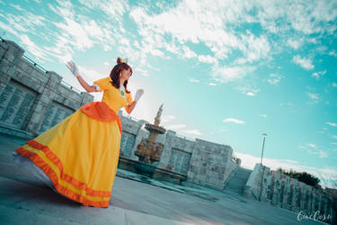 Daisy Cosplay - Skies and Sunshine