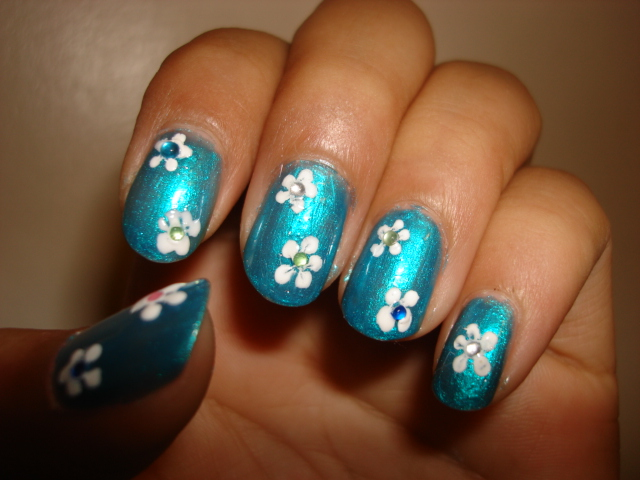 Luau nails by trulyheart on deviantart luau nails by trulyheart prinsesfo Choice Image