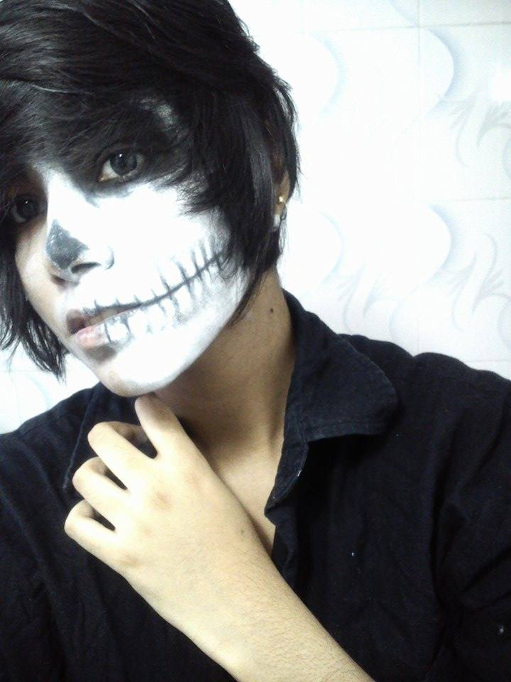 Half skull make up test by floriyon