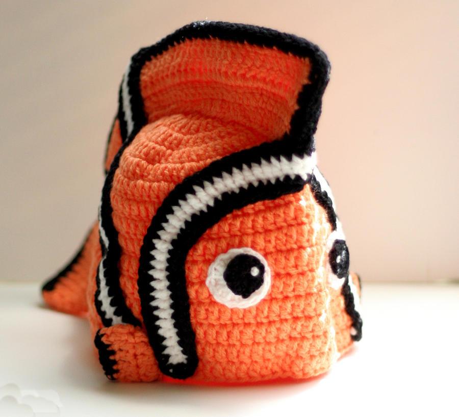 crochet nemo hat by Knitnutbyjl