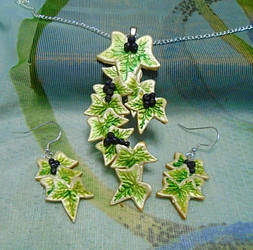 Trailing Ivy Jewellery Set by aldcord