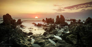 Vestey's Beach Sunset by heeeeman