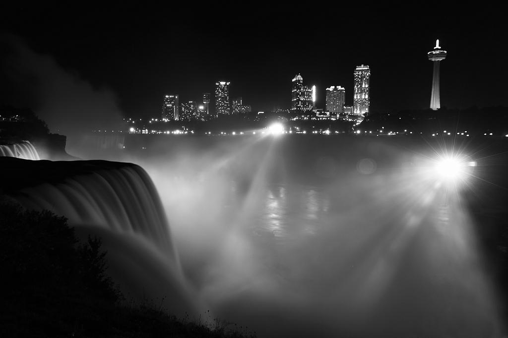 Niagara by FxSanyi