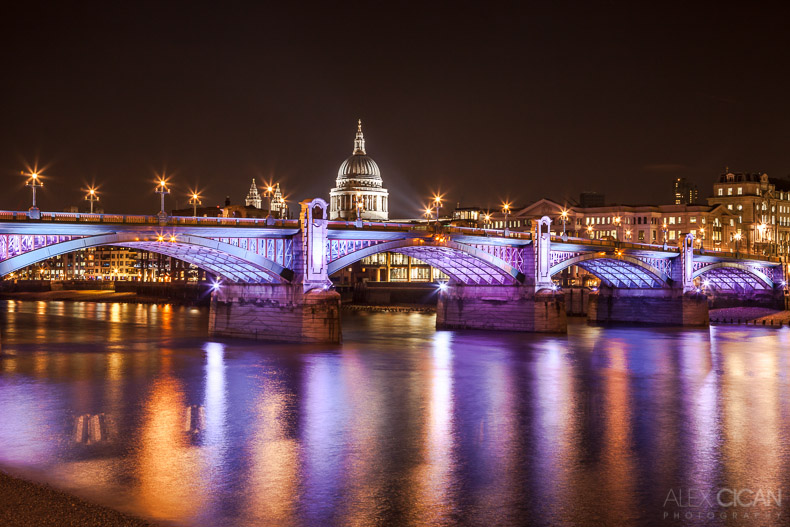 City of London by night by sican