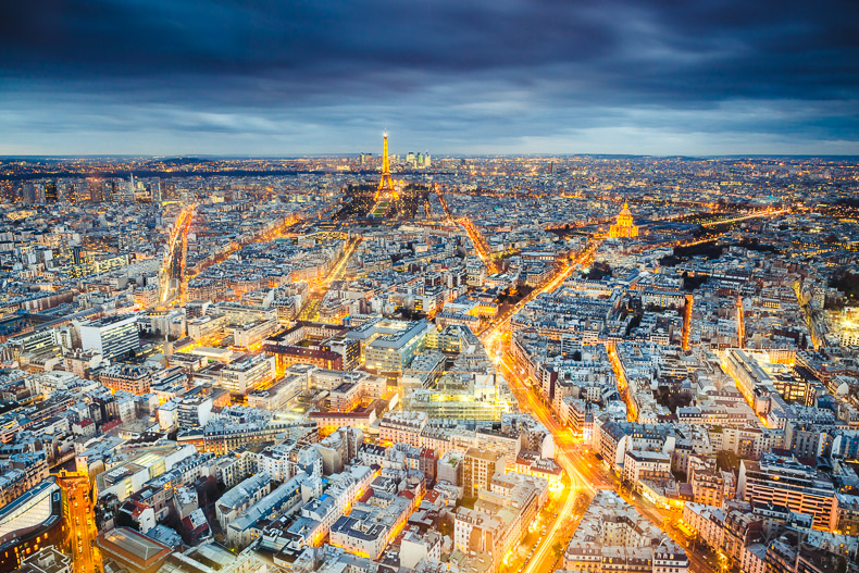 Paris at blue hour by sican