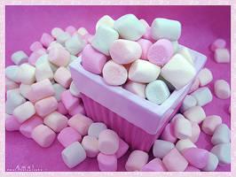 marshmallows by Rmanah