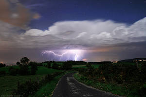 Thunderstorm under the Stars by FlorentCourty