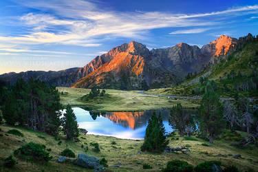 Mountain Majesty by FlorentCourty
