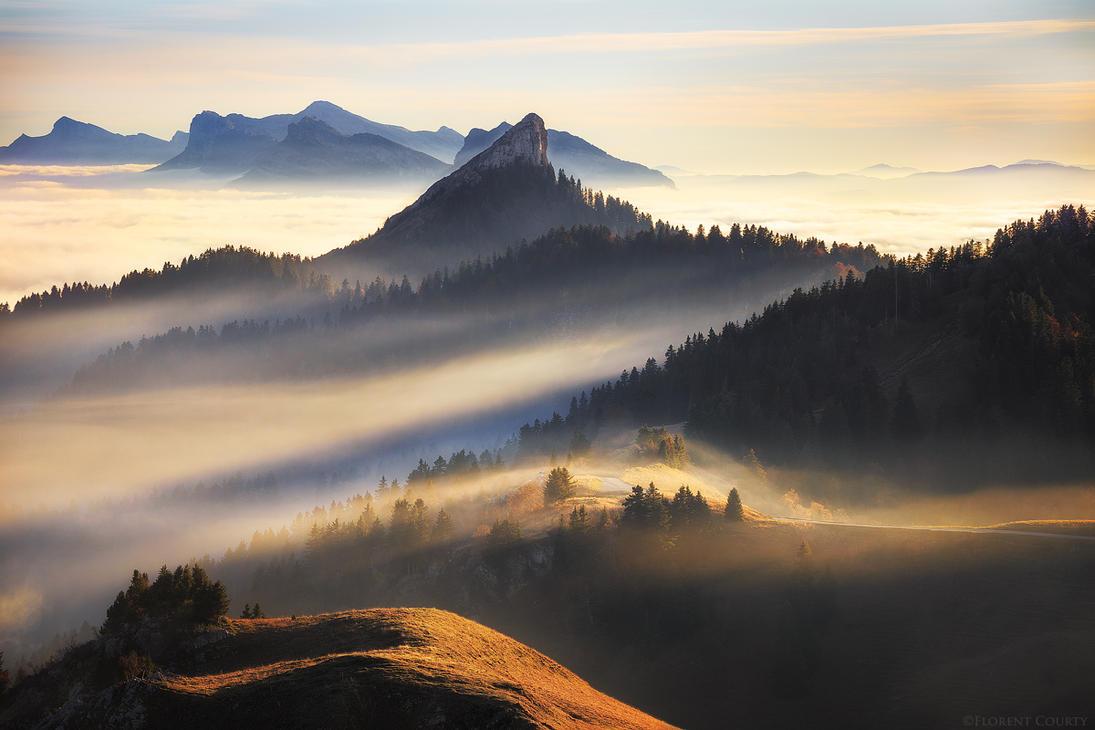 Mountain's Veil by FlorentCourty