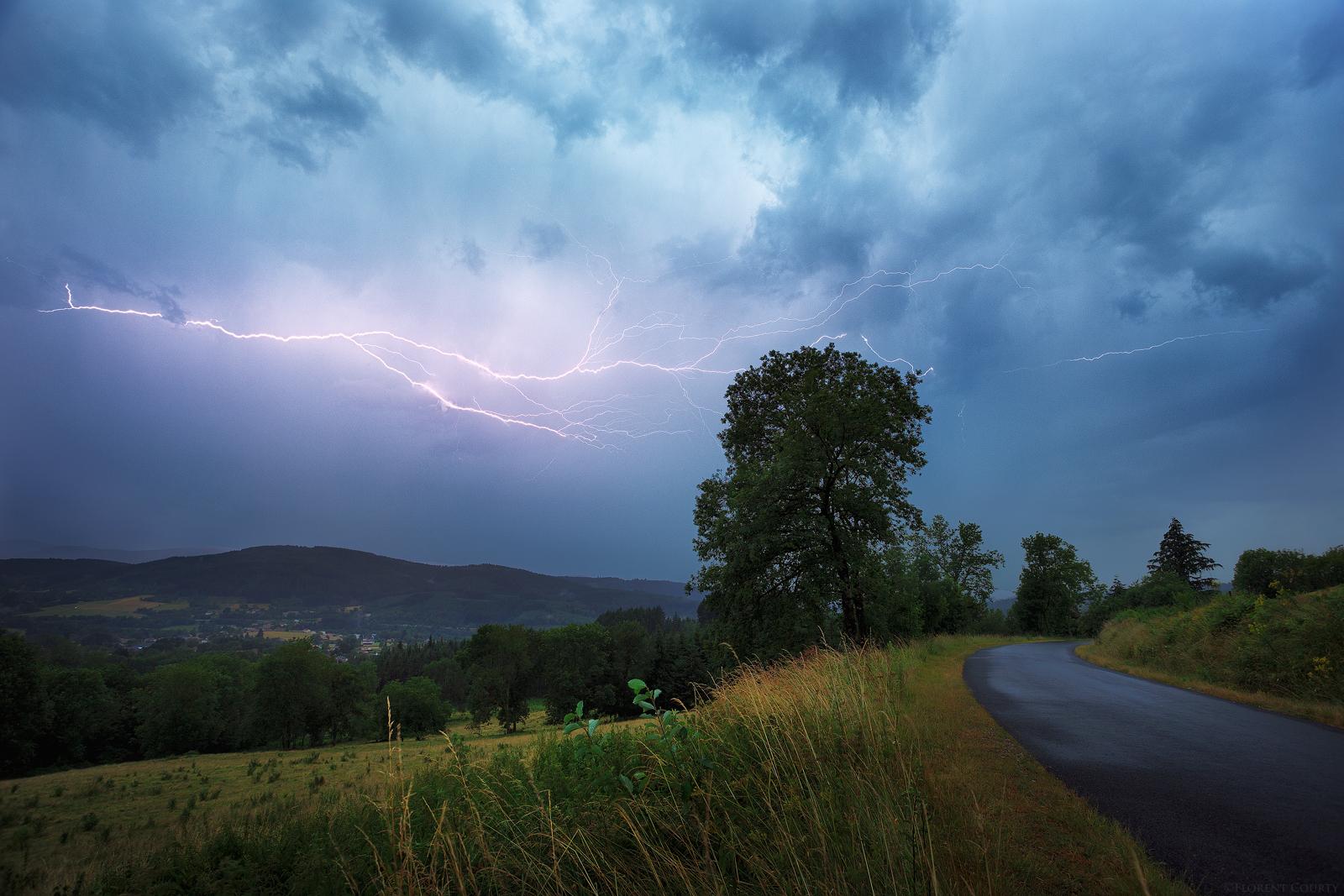 Lightning Show by FlorentCourty