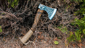 Viking axe - Handmade metal and wood carving
