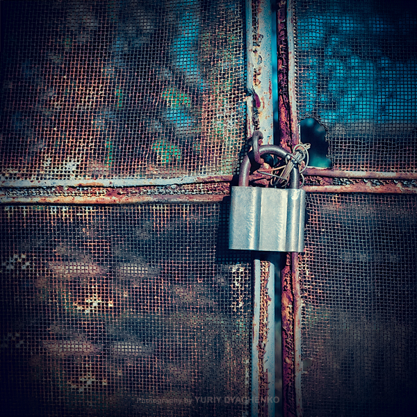 Lock by dizzi-bizzi