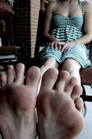 Dirty Feet. by emakid