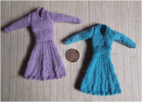 1:12th scale knitted dresses