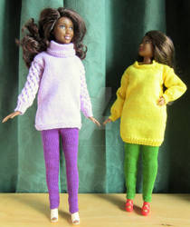 1:6th scale knitted jumpers and leggings