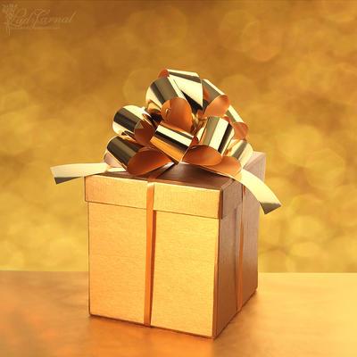 Cadeau by LadyCarnal