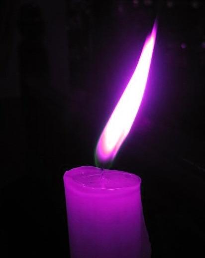 Resultado de imagem para violet candle