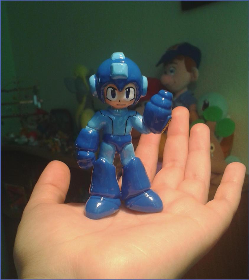 Lil' Megaman sculpture by estefanoida