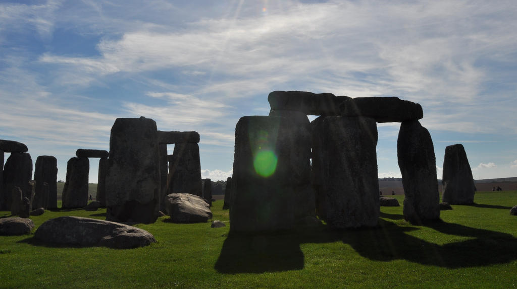 Stonehenge - The Healing Stone by TheSignmaker