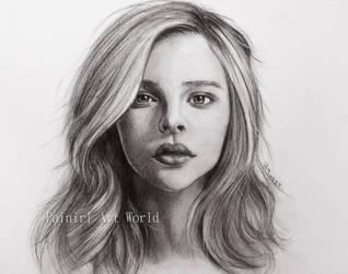 Chloe Grace Moretz by Painirl