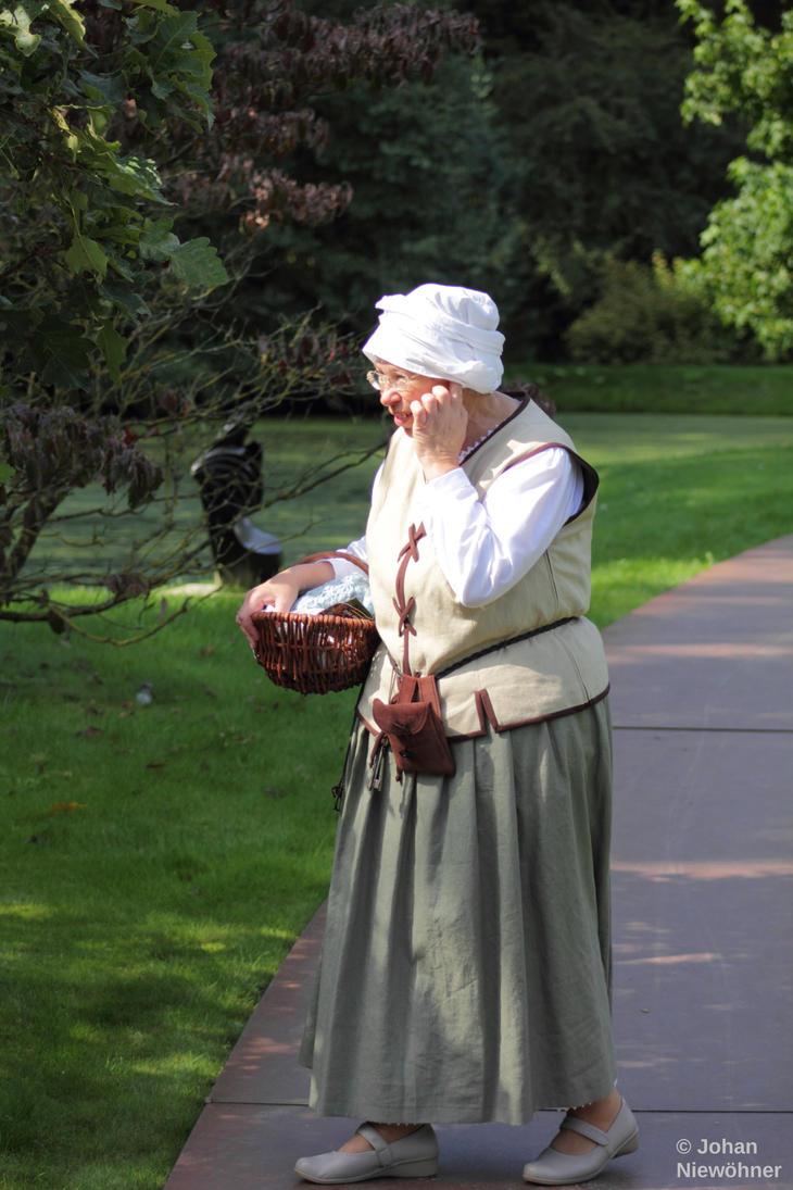 Granny? by jochniew