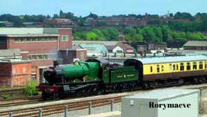 GWR 4965 'Rood Ashton Hall' at Birmingham Moor St.