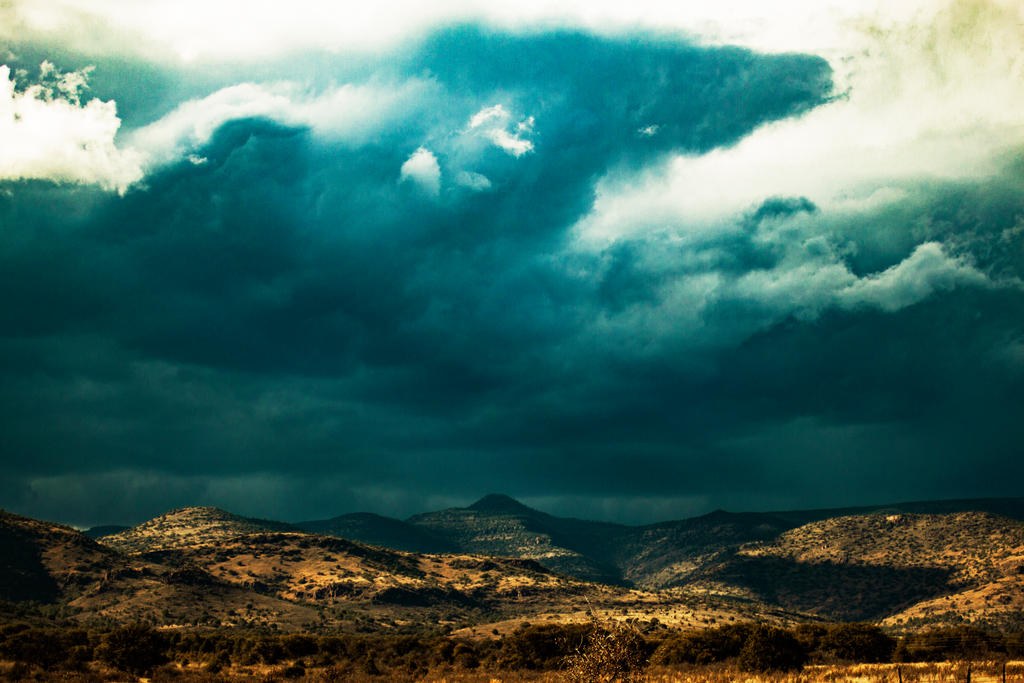 Incoming rain by sydneythecoherent