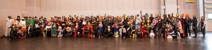 DC vs. Marvel by punkette180
